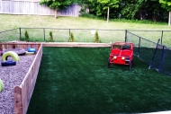 synthetic-grass-backyard-play-areas-05
